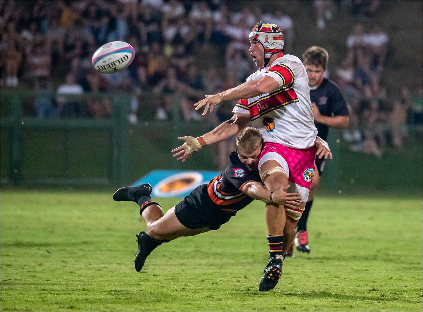 Flying tackle – Frans Smit